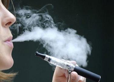 la cigarette lectronique pour ceux qui veulent arr ter de fumer blog bio sant beaut. Black Bedroom Furniture Sets. Home Design Ideas